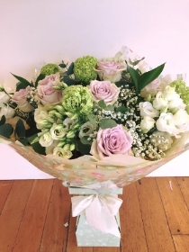5. Luxury Hand tied Bouquet